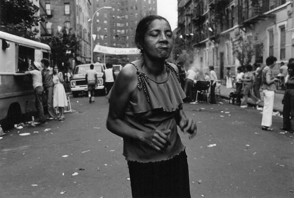 dancing-at-block-party-east-7th ©Arlene Gottfried